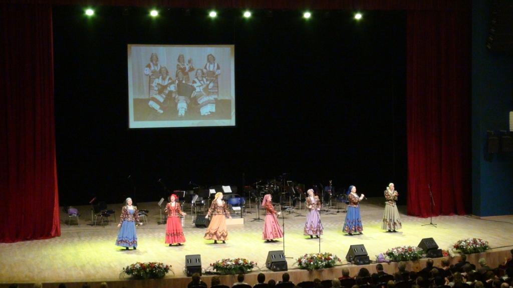 В концертно-зрелищном центре «Миллениум» состоялся праздник, посвященный Дню работника культуры.